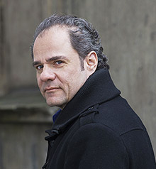 Guido Eckert hat unter dem Alias Robert Kisch zum Schreiben zurückgefunden.